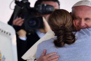"""Carta al Papa: """"Gracias por abrazanos y dejarte abrazar"""""""