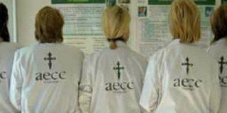 La AECC alerta de la necesidad de acompañar a 30.000 enfermos de cáncer que están solos