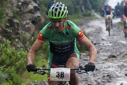 Díaz de la Peña y Romero (Extremadura-Ecopilas) se imponen en la crono de Córdoba y lideran la Vuelta
