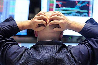 El Ibex 35 amplía las pérdidas al 4,5% y agudiza sus mínimos de 2013, por debajo de los 7.800 puntos