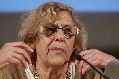 Carmena se 'fuma' su promesa de austeridad pidiendo iPads para los ediles