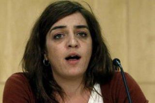 El PSOE pierde la fuerza por la boca: mucho pedir la dimisión de la 'okupa' Mayer y ahora retrasa su reprobación