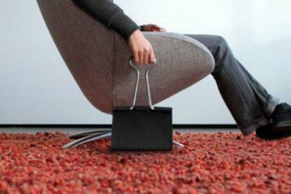 [VÍDEO] Los 15 trucos con pinzas de oficina que harán más cómoda tu vida en casa