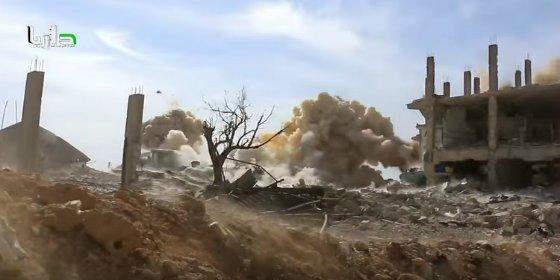 [VÍDEO] El feroz 'cocodrilo' que hace morder el polvo a los islamistas
