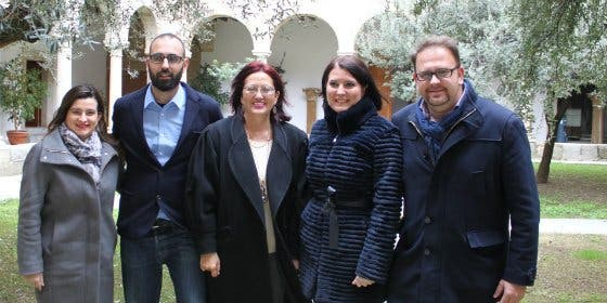 El alcalde de Mérida recibe a la embajadora de Costa Rica en España