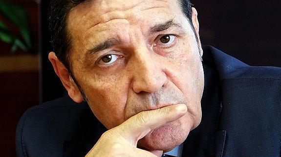 Sáez Aguado anuncia mejoras del transporte sanitario en Ávila