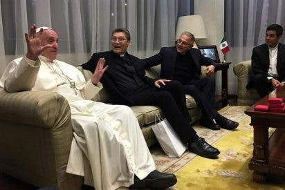 El Papa, con las monjas de clausura y con los jesuitas