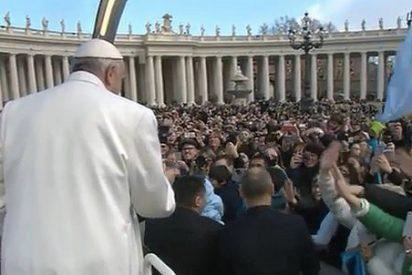 """El Papa invita al """"compromiso de vida"""" que lleve a los demás """"la misericordia de Dios"""""""