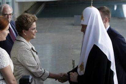 Cirilo se reúne con Rousseff al inicio de su visita a Brasil