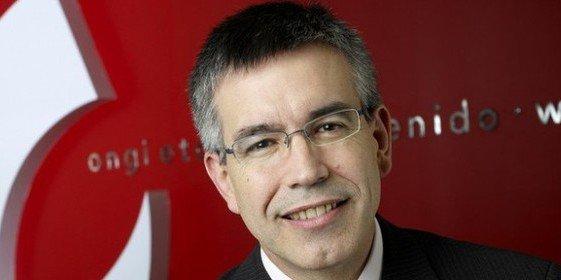 Agustín Marcaide: Eroski vende un lote de 36 hipermercados a Carrefour por 205 millones