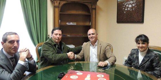 El ayuntamiento de Zafra firma el convenio de patrocinio del Festival de la Tapa