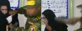 [VÍDEO] El cobarde del ISIS se disfraza de mujer con sostén para no irse patas abajo