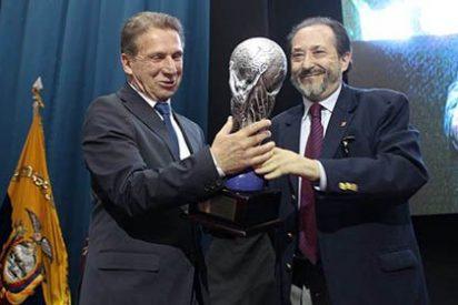 Tungurahua y Perú reciben premio a la mejor promoción nacional e internacional