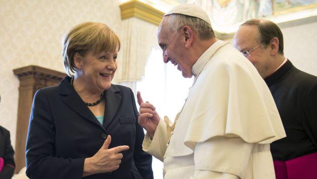 """Merkel no recuerda """"haberse enfadado"""" con el Papa"""