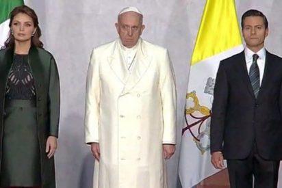 """Peña Nieto: """"El Papa Francisco dejó una huella imborrable en México"""""""
