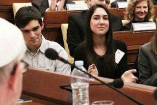 """El Papa, a los escolares madrileños: """"El futuro es de ustedes, pero juntos"""""""
