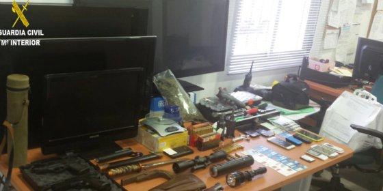 Desarticulada en Madrigal de la Vera una organización criminal especialista en el robo de cajas fuertes y joyerías
