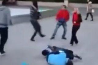 [VÍDEO] Así da el karateca una paliza de muerte a 4 macarras musulmanes por meter mano a su rubia esposa