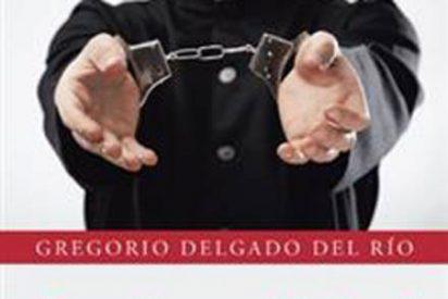 'La santidad fingida', un libro de Gregorio Delgado