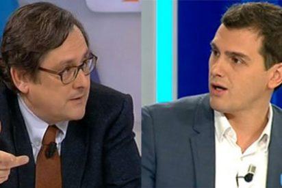 """Rivera se pasa de chulo ante Marhuenda por atacar el pacto: """"¡No te has leído el documento!"""""""