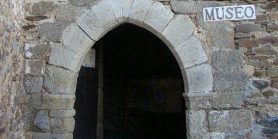 El Museo de Olivenza acoge una reunión de Empresarios y Profesionales Extremeños