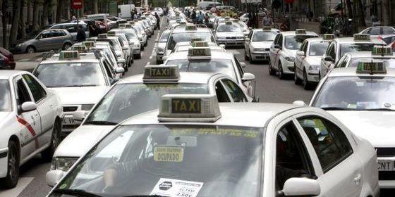 ¿Sabes las razones por las que se manifiestan los taxistas de toda España?