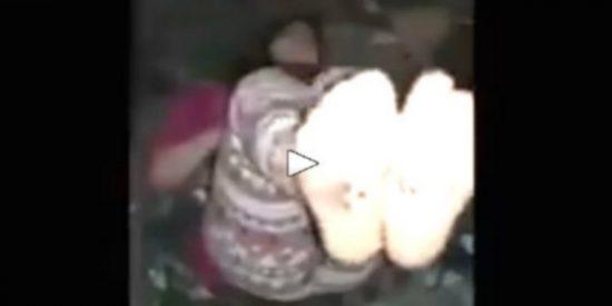 ISIS: El fanático musulmán tortura a su esclava sexual tras mutilarla genitalmente