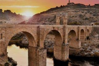 """Extremadura registra un """"récord histórico"""" de turistas en 2015"""