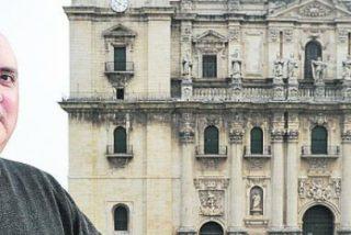 """Martínez Rojas: """"El Obispo diocesano tiene la obligación de velar por la conservación de los bienes de la diócesis"""""""