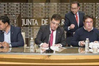 """Junta de Extremadura, patronal y sindicatos buscan reducir el """"fracaso"""" en accidentes laborales"""