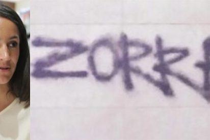 """La indecente pintada en la casa de Begoña Villacís: """"Zorra"""""""