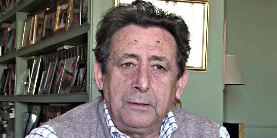 """Alfonso Ussía retrata a Pablo Iglesias: """"Es un estercolero de rencores y falsedades"""""""