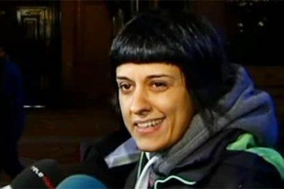 """Los insultos de Anna Gabriel, la huésped VIP de Maduro, a un diputado del PP: """"No llegas a la suela de Otegui, subnormal"""""""