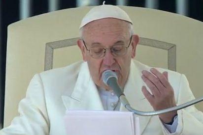 """Francisco: """"El pueblo de Dios no tiene necesidad de dinero sucio, sino de corazones abiertos a la misericordia de Dios"""""""