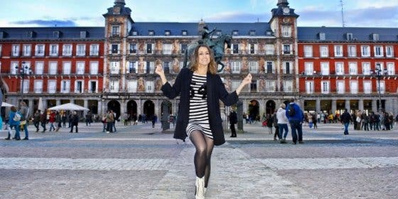 Una Barei 'callejera' graba en Madrid la postal de España en Eurovisión