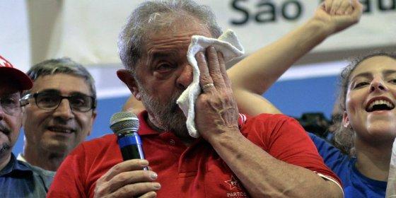 El lujoso tríplex de Lula da Silva que puede cambiar por una sórdida celda