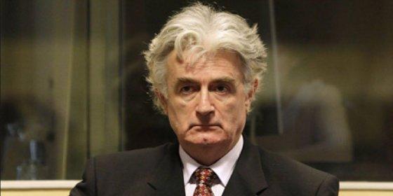 [VÍDEO] Con esta cara se queda Karadzic al ser condenado a 40 años por el genocidio de Srebrenica