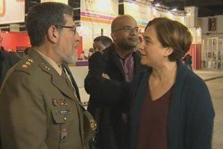 """Ada Colau queda retratada por 'El País' por su desprecio al Ejército: """"¿Acaso solo hay que aspirar a ser profesor de Políticas en la Complutense?"""""""