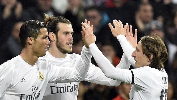 La afición del Real Madrid aprueba a Lucas Vázquez, Modric y Carvajal, da notable a Casemiro y sobresaliente a Keylor