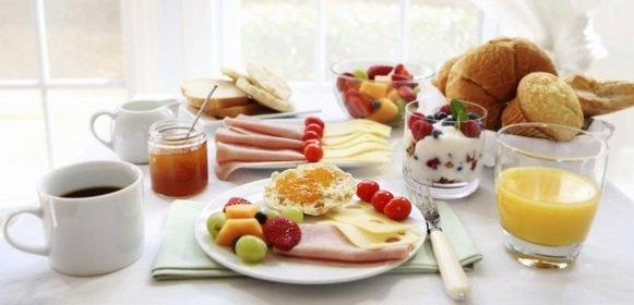 Los 6 errores de bulto que te arruinan un buen desayuno