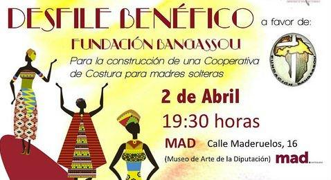 Desfile benéfico en Antequera a favor de la Fundación Bangassou