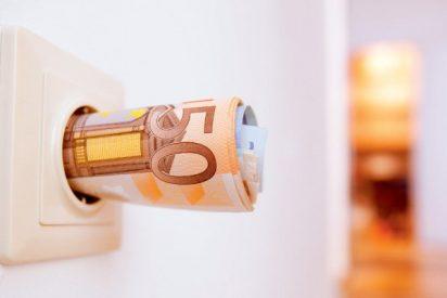 El recibo de la luz se abarata en España un 6,5% en febrero de 2016