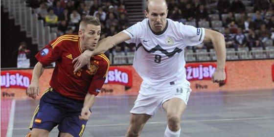 España cae en Eslovenia (1-0) y complica su pasaporte para el Mundial