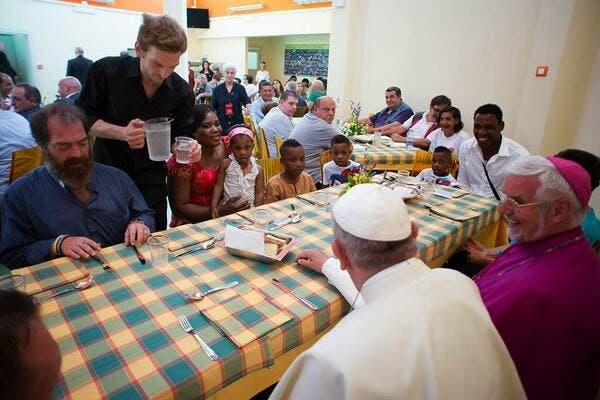 Francisco quiere celebrar su tercer año de Pontificado con indigentes en Roma