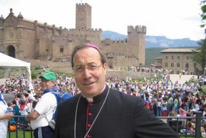 """El arzobispo de Pamplona pide a los cristianos """"una caridad más gratuita y más misericordiosa"""""""