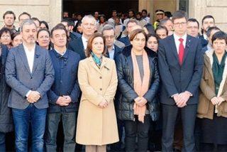 """El circo catalán: Puigdemont y la CUP, ausentes del acto de homenaje a las víctimas del 11M, al que Ada Colau fue """"obligada"""""""