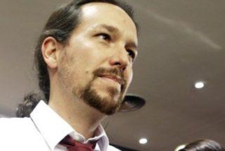 """Juan Manuel de Prada advierte a Pedro Sánchez: """"Iglesias es un sibarita sádico que se regodea en la debilidad del adversario"""""""