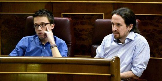 """Podemos ya no puede esconder su fractura: """"Iglesias y Errejón no se miran, no hablan, y no les importa que se note"""""""