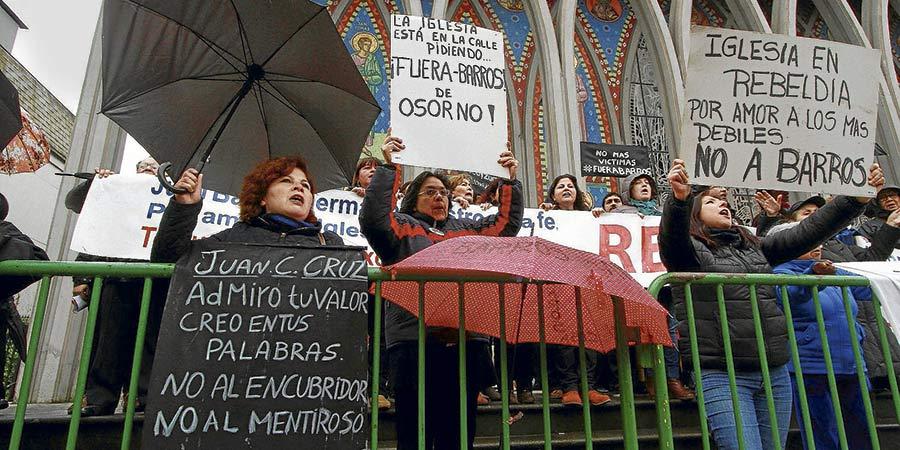 Laicos chilenos caminarán desde Osorno a Valdivia para pedir la renuncia de Juan Barrros