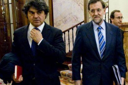 """Los """"sherpas"""" y el teatro: Jorge Moragas (PP) y José Enrique Serrano (PSOE)"""